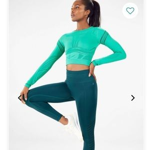 NWT Fabletics Jaymee Mesh L/S Shirt